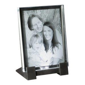 680702_2D-Glasbild_80x105x8_hoch_Familie+LED-Sockel