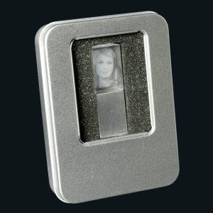 866046_2D-Foto_USB-Stick_Verpackung_bl